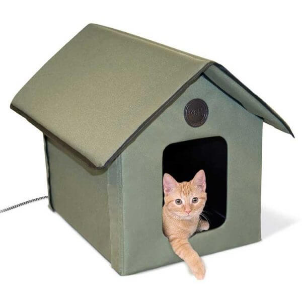 cabane-exterieure-chauffee-chat